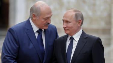 Alexander Lukashenko welcomes Vladimir Putin prior to a Collective Security Treaty Organisation summit in 2017