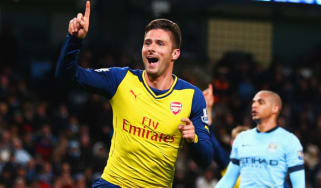 Olivier Giroud of Arsenal celebrates after scoring the second goal during the match between Arsenal and Manchester City