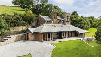 Pen Y Bryn, Llangwyfan, Denbigh  Denbighshire: £850,000