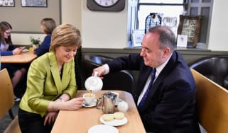 Nicola Sturgeon and Alex Salmond on the campaign trail in 2015