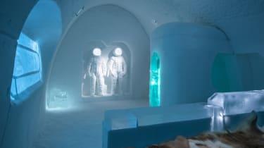 Art suite - Space Room, Adrian BoisPablo Lopez. ICEHOTEL 28Photo by - Asaf Kliger