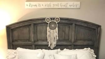 Mickey Mouse bedroom @disneymom_jayme