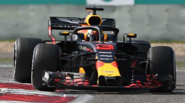 Daniel Ricciardo F1 Red Bull Mercedes Ferrari