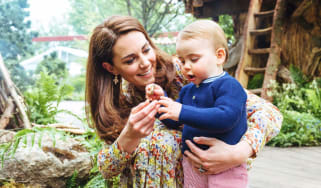 Duchess of Cambridge and Prince Louis at Chelsea Flower Show