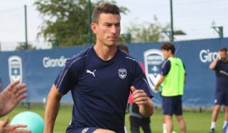 Laurent Koscielny takes part in his first training session as a Bordeaux player