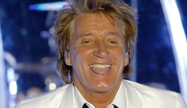 British rock and pop singer Rod Stewart performs on stage, on July 6, 2013 in Monaco. AFP PHOTO / VALERY HACHE(Photo credit should read VALERY HACHE/AFP/Getty Images)