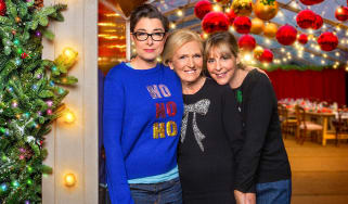WARNING: Embargoed for publication until 00:00:01 on 28/11/2017 - Programme Name: Mary, Mel and Sue's Big Christmas Thank You - TX: n/a - Episode: Mary, Mel and Sue's Big Christmas Thank You
