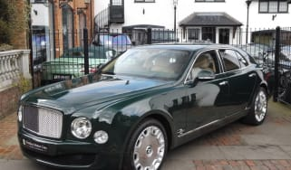queens_bentley_mulsanne.jpg