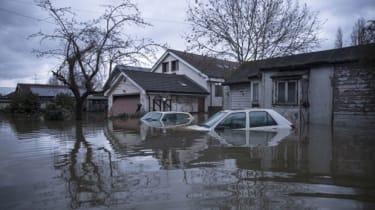 flooding-thames.jpg