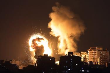 Israeli airstrikes fall on Gaza