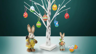 Easter tree (MightCollection/Etsy)
