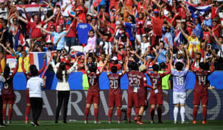 Thailand players acknowledge their supporters after the 5-1 defeat against Sweden