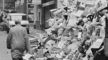 Waste collectors' strike in London in 1979