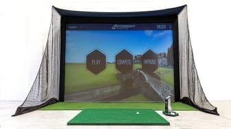 GCQuad Home Golf Simulator With Golf Ball Data