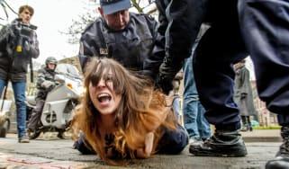1_femen_activist_at_dominique_strauss-kahn_trial_wip.jpg