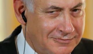 wd-benjamin_netanyahu_smiling.jpg