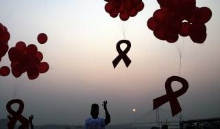 wd-hiv-ribbon-170511.jpg