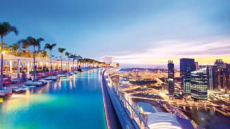 Marina Bay Sands infinity pool in Singapore