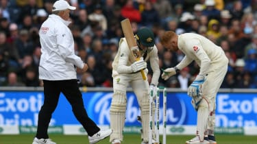 Windy conditions meant the bails were removed on day one of the fourth Ashes Test