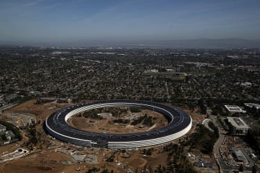 """CUPERTINO, CA - APRIL 28:An aerial view of the new Apple headquarters on April 28, 2017 in Cupertino, California. Apple's new 175-acre 'spaceship' campus dubbed """"Apple Park"""" is nearing comple"""