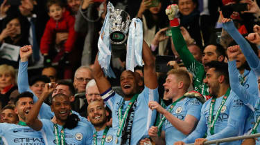 Vincent Kompany trophy Carabao Cup Arsenal 0 Manchester City 3