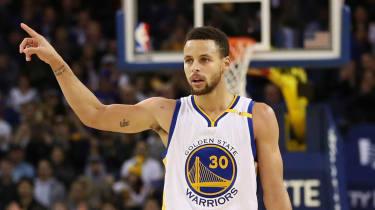 #CurryChallenge trick shot Stephen Curry
