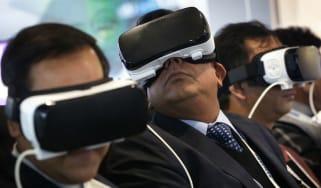 160107-virtual-reality.jpg