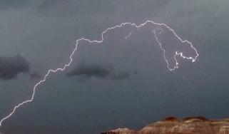 160819_dinosaur_lightning.jpg
