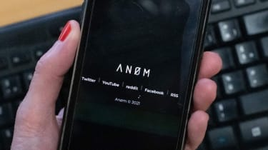 An0m shown on a phone