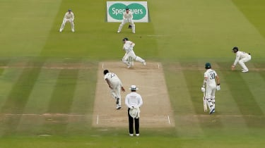 England pace bowler Jofra Archer felled Steve Smith with a brutal bouncer at Lord's