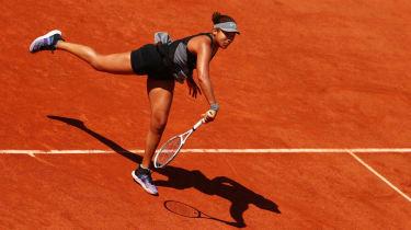 Naomi Osaka beat Romania's Patricia Maria Tig in the French Open first round