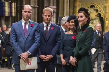 LONDON, ENGLAND - NOVEMBER 11: Prince William, Duke of Cambridge and Catherine, Duchess of Cambridge, Prince Harry, Duke of Sussex and Meghan, Duchess of Sussex attend a service marking the c