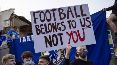 Chelsea FC fans protest against the proposed European Super League