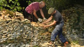Cotswolds Hideaways rural skills weekends
