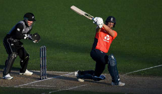 Dawid Malan on his way to a 48-ball century