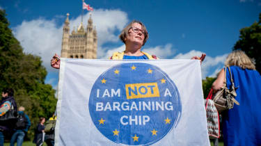 EU citizens protest Parliament to guarantee their rights after Brexit