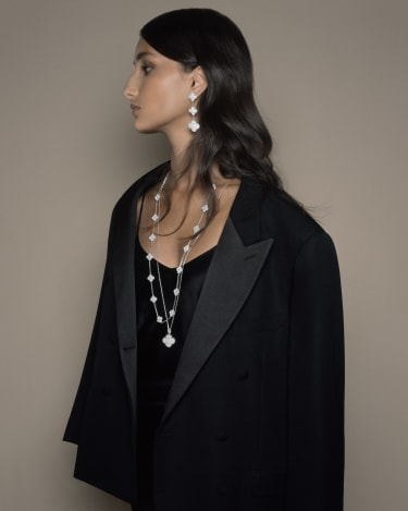 Alhambra pendant necklace