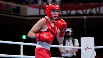 Karriss Artingstall boxing