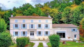Saintes, Charente-Maritime, France: £444,000