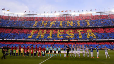 Andres Iniesta Barcelona final match pictures fans