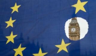 wd-eu_flag_parliament_-_oli_scarffafpgetty_images.jpg
