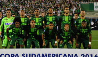 Brazil's Chapecoense players pose for pictures during their 2016 Copa Sudamericana semifinal second leg football match against Argentina's San Lorenzoheld at Arena Conda stadium, in Chapeco,