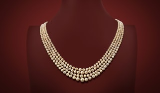ww-pearl-necklace.jpg