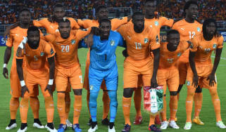 Goalkeeper Boubacar Barry among his Ivory Coast teammates
