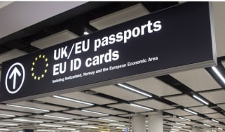 London passport control
