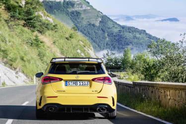 Mercedes-AMG A 35 (W177), Sonnengelb, Kraftstoffverbrauch kombiniert: xxx l/100 km, CO2-Emissionen kombiniert: xxx g/km // Mercedes-AMG A 35 (W177), Sun yellow, Combined fuel consumption: xxx