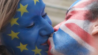 Brexit kiss