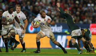 Chris Robshaw missed England's autumn internationals due to a knee injury