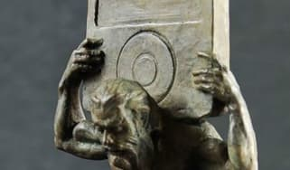 greek-sculptures-with-ipod_2_1.jpg