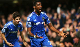 Samuel Eto'o celebrates at Stamford Bridge